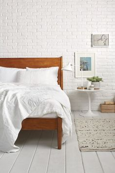 Sign up for new arrivals, special offers, home inspiration and more. Freshen up your space with White.
