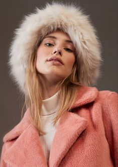 Modische must haves jetzt online bei sego entdecken. Fake Fur, Neue Trends, Pride, Shopping, Fashion, New Fashion Trends, Moda, Fashion Styles, Fashion Illustrations