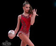 Dina AVERINA (Russia) ~ Gala Show Ball @ Grand Prix Thiais 2017 After the concour Tuan Nguyen.