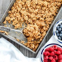 This Healthy Peanut Butter Granola is the perfect make-ahead breakfast recipe! Only 6 ingredients! Gluten-free, dairy-free, refined sugar free, oil free and vegan!