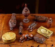 COLLECTION OF TREEN FROM THE ESTATE OF CHARLTON M. THEUS, JR.