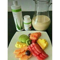Iniciando la mañana con nuestro reto de 21 días! Regalate 21 días para verte y sentirte genial! Desayunando diferente, delicioso y nutritivo, lograras los resultados que buscas�� Quieres bajar la grasa? Tonificar? O aumentar tu masa muscular? Contactanos! . . . . #valencia #venezuela #desayuno #buenosaires #buenosdias #carrotcake #autos #miami #chocolate #sancristobal #tachira #madrid #moto http://unirazzi.com/ipost/1510861583369626782/?code=BT3qJrth-Se