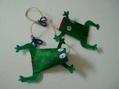 Žaba Frog Art, Techno, Recycling, Christmas Ornaments, Toys, Holiday Decor, Creative, Crafts, Home Decor