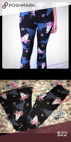 NWT  trendy Boho Bell LEGGINGS Western Brand new, tags not attached. The cutest leggings this side of the Mason Dixon 😘 The colors work so well together, and I have a few tops that would pair perfectly (free people Bodysuit, pink Distressed top) Extremely soft fabric with stretch, elastic waistband. Size small, could probably work for a medium too. **listed as FP for exposure Free People Pants Leggings