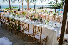 Lounge, Table Settings, Photo And Video, Table Decorations, Furniture, Instagram, Home Decor, Wedding On The Beach, Wedding Decoration