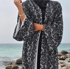Beautiful details in black ❤️