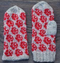 Rose mitts/Rosiga vantar pattern by Ann Linderhjelm - free Fingerless Mittens, Knit Mittens, Mitten Gloves, Knitting Stitches, Baby Knitting, Knitting Patterns, Textiles, Fair Isle Pattern, Wrist Warmers