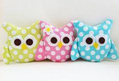 Mini owls Sewing Pattern -  - PDF by hemccoy on Etsy. She has several cute owl pillow patterns! http://www.etsy.com/shop/hemccoy?ref=seller_info