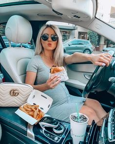 pregnancy outfits casual 654218283357639500 - Source by adriannangn Casual Maternity Outfits, Stylish Maternity, Maternity Wear, Cute Pregnancy Outfits, Cute Maternity Style, Summer Maternity Fashion, Casual Dresses, Pregnancy Looks, Pregnancy Photos