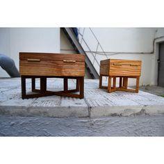 "Шкатулка ""Little Meyer"". Casket ""Little Meyer"". Fly Massive millworks. Solid red oak and american walnut. Tung oil finish. Массив красного дуба и американского ореха. Отделка тунговым маслом. Мастерская Fly Massive.  #fly_massive #flymassive #fly_massive_millworks #workshop #joinery #woodworker #tools #wood #joinery_workshop #millworks #furniture #modernism #constructivism #design #russian #interior #woodporn #designer #home #decor #woodworking #walnut #oak #casket"