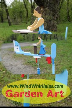 """Wind-driven wooden whirligig """"Cook"""" or """"Baking a Pie"""" or """"Rolling out a Pie"""" whirligig Easy Woodworking Projects, Wood Projects, Craft Projects, Projects To Try, Garden Art, Garden Design, Kinetic Toys, Wood Toys Plans, Wind Sculptures"""
