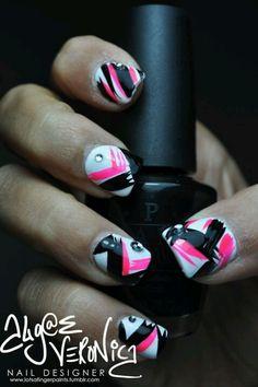 Black & Pink nail art