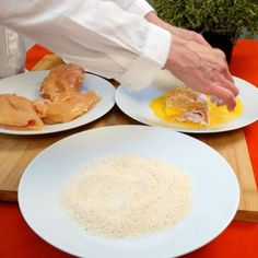 Cordon bleu : Recette de Cordon bleu - Marmiton Bacon, Cordon Bleu, Cheese, Food, Chicken Breasts, Meat, Cooking Recipes, Dish, Essen