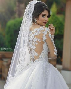 💄👑 Beautiful Bride 😻✨ Dress @walidshehabhautecouture 👗 Photography @ahmadyounesphotography 📷 Add us on Snapchat : AlloccasionSnap 👻 Follow Us : ------------ @alloccasionsdresses 💍 @alloccasions_heels 👠 #amazing #bridetobe #back #whitedress #ahmadyounes #collection #dresses #dress #weddings #wedding #lebanon #fashion #bride #alloccasionsdresses #style #hair #tag #instagram #dm #follow #fashion #dresslove #photography #white #weddingdress #gown #makeup #queen #shine