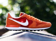 #Nike Internationalist - Cinnabar/White/Tuscan Rust #sneakers