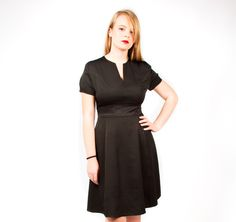 X-line with a V-neck. We custom make each dress to fit your curves perfectly. Prices start at 295 Euro's.