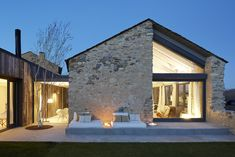 studio wok blends history and modernity with a country home in verona Architecture Renovation, Barn Renovation, Architecture Details, Modern Architecture, Modern Cottage, Modern Farmhouse, Design Exterior, House Extensions, Stone Houses