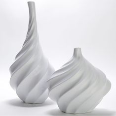 Z Gallerie's Swirl Vases Pottery Vase, Ceramic Pottery, Room Accessories, Decorative Accessories, Affordable Modern Furniture, Jonathan Adler, White Vases, Home Decor Store, Hanging Plants