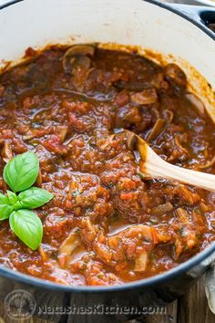 A mushroom marinara that's 100x better than any canned sauce! Perfect for spaghetti, lasagna, chicken parmesan & more! @natashaskitchen