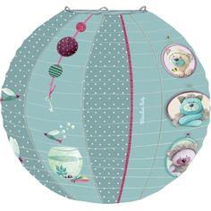 Lanterne Les Pachats de chez Moulin Roty. Une boule japonaise très rigolote et pas chère pour la chambre de bébé.