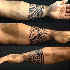 Começando um fechamento de braço do meu amigo @souzalimafelipe #maoritattoo #maori #polynesian #tatuagemmaori #tattoomaori #polynesiantattoos #polynesiantattoo #polynesia #tattoo #tatuagem #tattoos #blackart #blackwork #polynesiantattoos #marquesantattoo #tribal #guteixeiratattoo #goodlucktattoo #tribaltattooers #tattoo2me #inspirationtatto #tatuagemmaori #blxckink