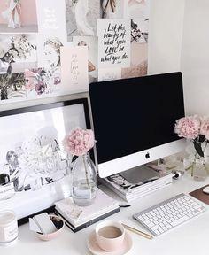 pretty workspace | Pinterest: @chenebessenger