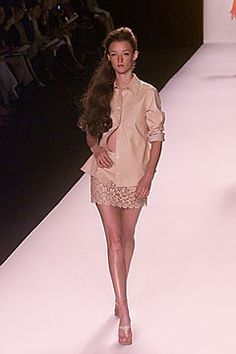 Michael Kors Collection Spring 2000 Ready-to-Wear Fashion Show - Audrey Marnay, Michael Kors Fashion Show, Fashion Outfits, Michael Kors Collection, Supermodels, Ready To Wear, Runway, White Dress, Vogue, Formal Dresses