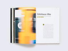 """""""Berlin unter Grund"""" nimmt den Leser mit auf eine Typotour durch das U-Bahn-Netz einer Millionenstadt. Die vielfältige Gestaltung der…"""