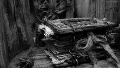 Altered Alchemy - Handmade Journals by Luthien Thye Journal Covers, Book Journal, Art Journals, Journal Ideas, Book Covers, Vintage Journals, Bullet Journals, Vintage Books, Handmade Journals