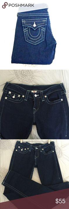 True Religion Skinny Jeans EUC skinny jeans with rhinestone buttons. True Religion Jeans Skinny