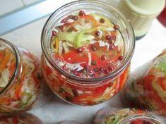 : Τουρσί Ουγγαρέζα σαλάτα! Farmers Market, Preserves, Pickles, Great Recipes, Cucumber, Cabbage, Salads, Recipies, Pasta