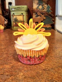 You are my sunshine cupcakes make sun with dyed white chocolate!