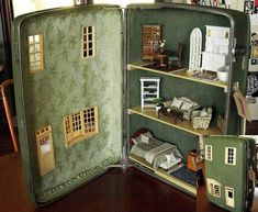 DIY doll house by using a shoebox - There are different methods of making doll houses using different material. The easiest is to make a DIY doll house by using shoebox. These doll house. Miniature Houses, Miniature Dolls, Miniature Crafts, Doll Furniture, Dollhouse Furniture, Vintage Furniture, Modern Furniture, Furniture Design, Metal Furniture