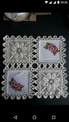 How to Crochet a Solid Granny Square Filet Crochet, Beau Crochet, Crochet Motifs, Crochet Squares, Crochet Stitches, Crochet Patterns, Granny Squares, Embroidery Stitches, Crochet Cushion Cover