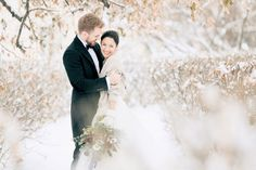 22 Breathtaking  Winter Wedding Photos in the Snow You Have to See!