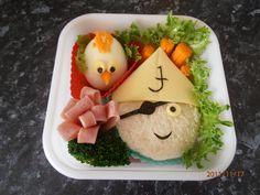 Pirate food Fun Food, Food Art, Good Food, Yummy Food, Pirate Food, Pirate Theme, Lunch Snacks, Lunch Box, Pirate Baby