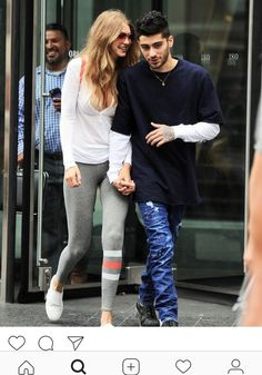 Besotted Gigi Hadid and Zayn Malik can't wipe the smiles off their faces as they hold hands in New York - Mirror Online - Besotted Gigi Hadid and Zayn Malik can't wipe the smiles off their . Sports Illustrated, Dope Fashion, Fashion Models, Celebrity Couples, Celebrity Style, Aw18 Trends, Gigi Hadid And Zayn Malik, Gigi Hadid Style, Famous Women