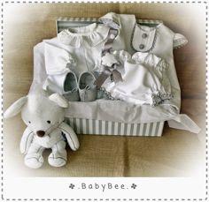 Canastilla en blanco y gris Babybox, babygirl, white and grey