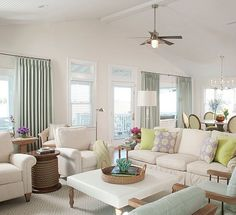 Relaxed and dressy at the same time... Loving this calm & serene setting by @lizcarrollinteriors