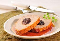Schab ze śliwkami w sosie winnym / Pork loin in wine sauce with prunes - wytrawna wersja schabu nadziewanego suszonymi śliwkami i pieczonego z dodatkiem czerwonego wina