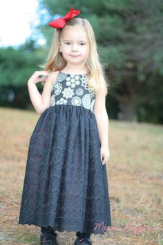 Hourglass Christmas Dress 4t by MerriPoppins on Etsy