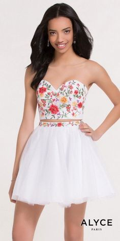 Shop homecoming dresses at PromGirl. Short dresses for homecoming hoco dresses, cute homecoming dresses, tight homecoming dresses, and trending homecoming party dresses. Formal Dance Dresses, Hoco Dresses, Homecoming Dresses, Evening Dresses, Dress Formal, Formal Wear, Cocktail Dress Prom, Prom Dress Stores, Queen