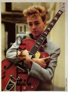 '''Brian Setzer photo by Claude Gassian......''' https://www.facebook.com/ChitarreMag * https://www.facebook.com/media/set/?set=a.342450332531472.75318.181210558655451&type=1