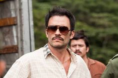 Narcos Season 2 Poster and Trailer Released by Netflix » Dekabrist