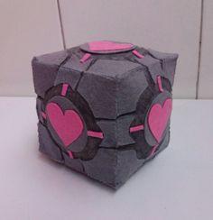 Cubo de compañía videojuego Portal