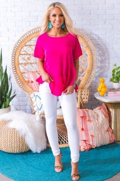 Women fashion Videos Winter Date - Women fashion Videos Over 40 Dressy - Women fashion For Work Professional Attire Tips - Women fashion Videos Over 40 Summer Hot Pink Shirt Outfit, Pink Shoes Outfit, Pink Pants Outfit, Pink Dress Outfits, Hot Pink Pants, Hot Pink Dresses, Summer Outfits, Casual Outfits, Cute Outfits