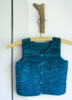 Whit's Knits: Classic Crocheted Vest for LittleKids - The Purl Bee - Knitting Crochet Sewing Embroidery Crafts Patterns and Ideas! Knitting For Kids, Crochet For Kids, Baby Knitting, Crochet Baby, Free Crochet, Ravelry Crochet, Toddler Vest, Kids Vest, Kids Patterns