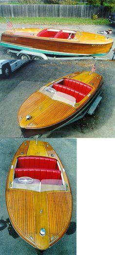 Classic Chris Craft mahogany boat 1952 20' Riviera