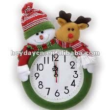 Resultado de imagen para muñecos de navidad Christmas Clock, Christmas Sewing, Christmas Fabric, Christmas In July, Christmas Projects, Christmas Ideas, Snowman Crafts, Felt Crafts, Diy And Crafts