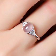 Simple Style Ross Quartz 925 Silver Cocktail Ring - new season bijouterie Diamond Jewelry, Jewelry Rings, Jewelery, Silver Jewelry, Silver Rings, 925 Silver, Sterling Silver, Jewellery Stand, Jewellery Display